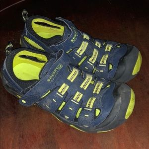 Sperry Navy & lime green sandals for boys size 1